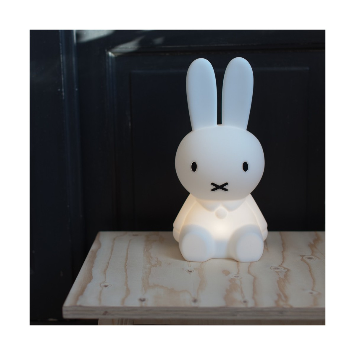 veilleuse miffy happy to see you. Black Bedroom Furniture Sets. Home Design Ideas