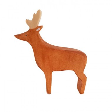 Cerf en bois peint