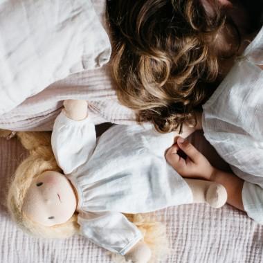 Petite poupée vanille